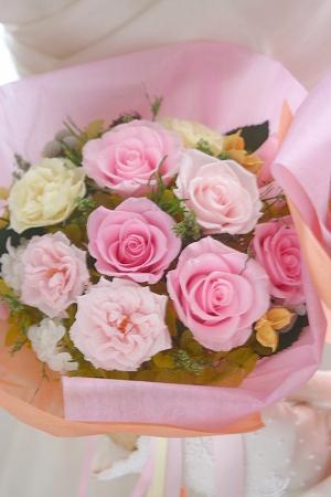 プリザーブドフラワー   プリザーブドフラワーの贈呈用花束